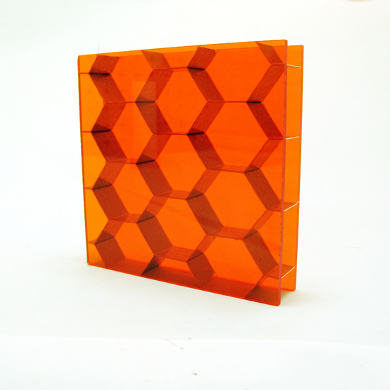 HEXABEN Large, Amber T (Glossy)